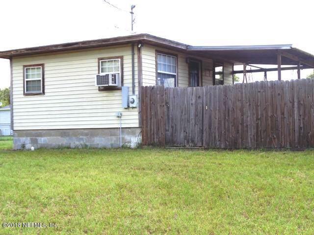 710 Lenore Ave, Interlachen, FL 32148 (MLS #1010008) :: The Hanley Home Team