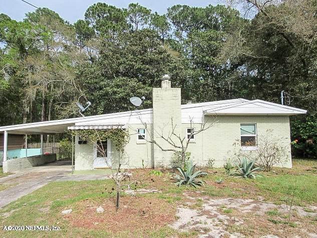 3905 Eve Dr W, Jacksonville, FL 32246 (MLS #1043218) :: The Volen Group | Keller Williams Realty, Atlantic Partners