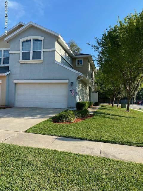 3696 American Holly Rd, Jacksonville, FL 32226 (MLS #1047378) :: Memory Hopkins Real Estate
