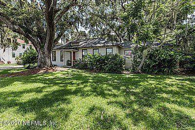 152 Marine St, St Augustine, FL 32084 (MLS #1061345) :: The Coastal Home Group