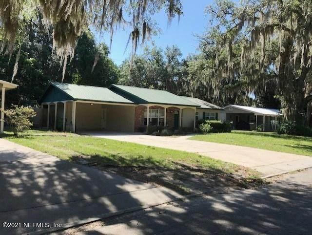 133 Crestwood Ave, Palatka, FL 32177 (MLS #1104726) :: The Hanley Home Team