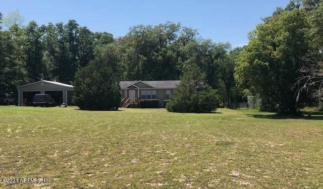 607 Coral Farms Rd, Florahome, FL 32140 (MLS #1108405) :: The Hanley Home Team