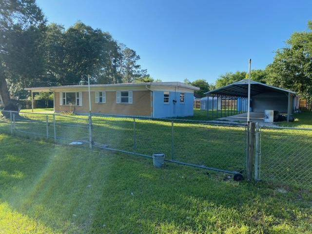 9359 Orme Rd, Jacksonville, FL 32220 (MLS #1109976) :: The Perfect Place Team