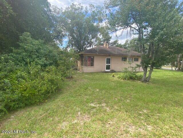 1104 Moseley Ave, Palatka, FL 32177 (MLS #1134489) :: The Huffaker Group