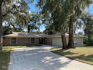 2923 Marion Ct W, Orange Park, FL 32073 (MLS #1136704) :: The Collective at Momentum Realty