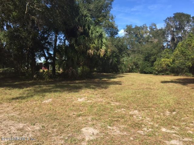 1149 Huntington Rd, Crescent City, FL 32112 (MLS #845056) :: Memory Hopkins Real Estate