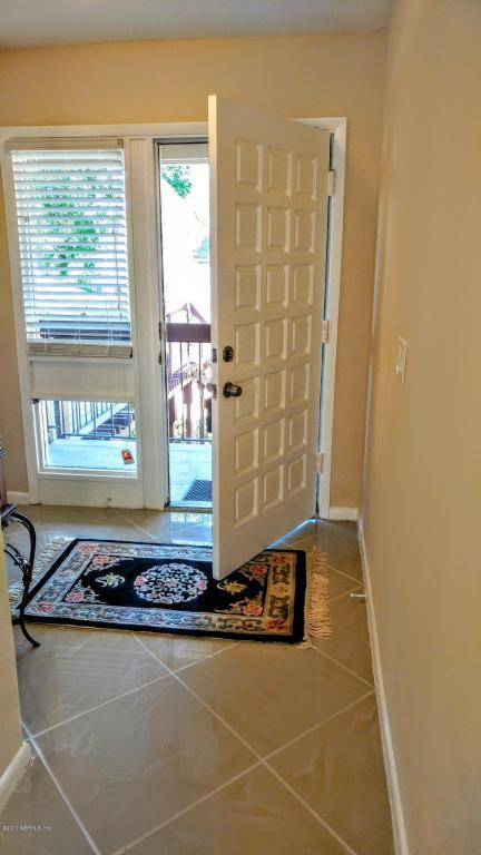 10115 Leisure Ln S #8, Jacksonville, FL 32256 (MLS #884149) :: EXIT Real Estate Gallery