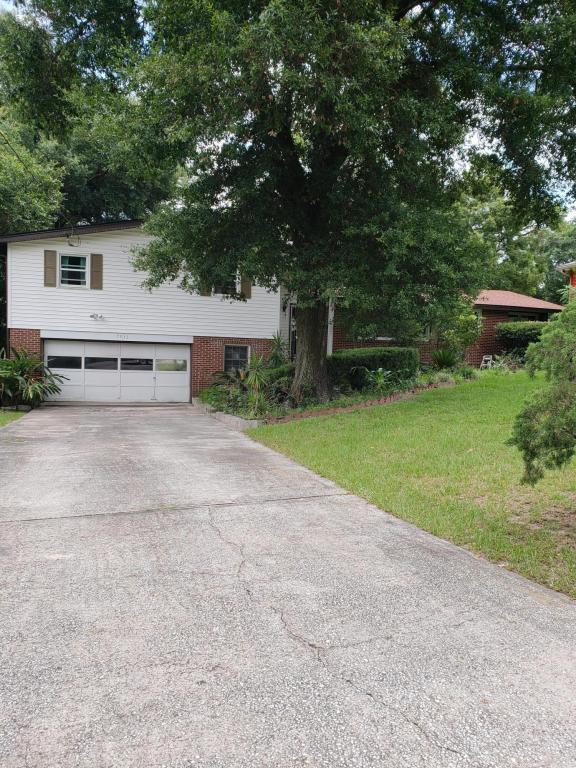 7932 Wildwood Rd, Jacksonville, FL 32211 (MLS #913550) :: EXIT Real Estate Gallery