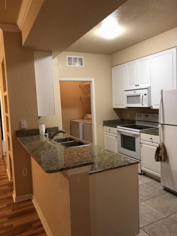 8539 Gate Pkwy W #1522, Jacksonville, FL 32216 (MLS #921459) :: EXIT Real Estate Gallery