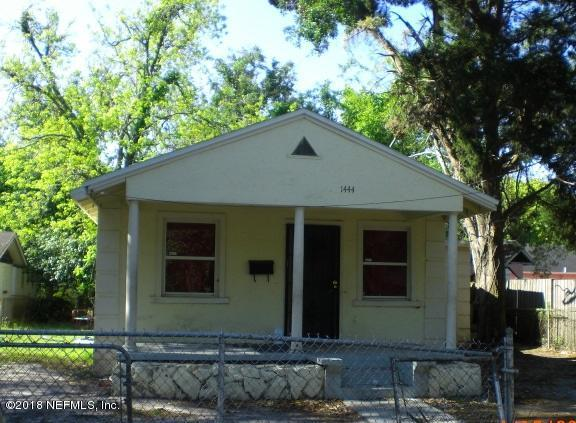 1444 E 12TH St, Jacksonville, FL 32206 (MLS #931507) :: 97Park