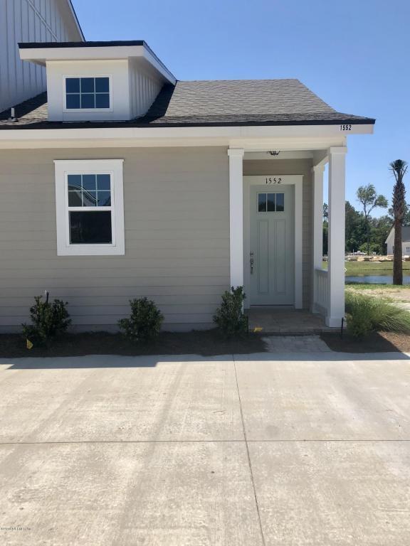 1552 Coastal Cottage Ln, Fernandina Beach, FL 32034 (MLS #932448) :: The Hanley Home Team