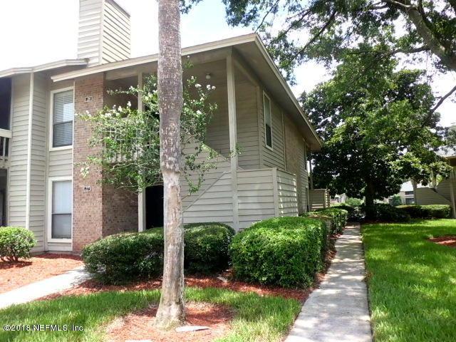 10200 Belle Rive Blvd #32, Jacksonville, FL 32256 (MLS #949081) :: The Hanley Home Team