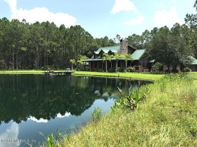 2770 Russell Rd, GREEN COVE SPRINGS, FL 32043 (MLS #953696) :: Memory Hopkins Real Estate