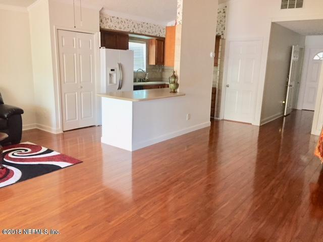 686 Upper 8Th Ave S, Jacksonville Beach, FL 32250 (MLS #955593) :: EXIT Real Estate Gallery