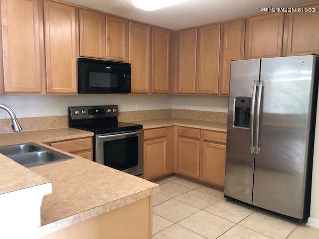 7043 Deer Lodge Cir #111, Jacksonville, FL 32256 (MLS #991651) :: Florida Homes Realty & Mortgage