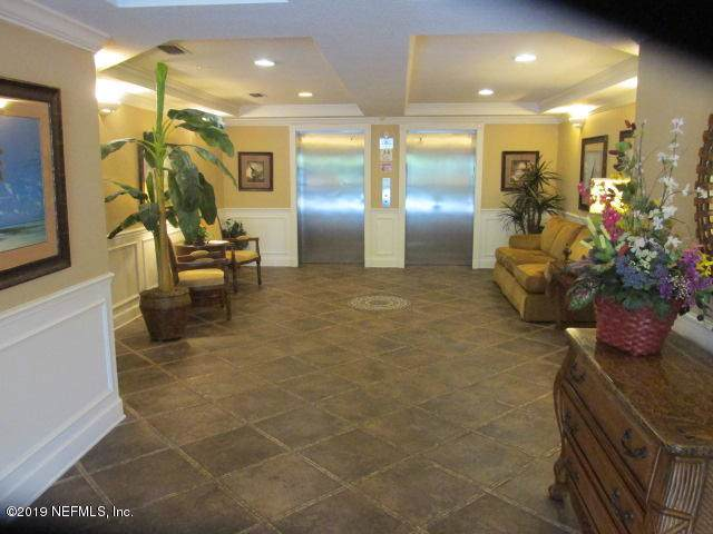 4480 Deerwood Lake Pkwy #628, Jacksonville, FL 32216 (MLS #991677) :: EXIT Real Estate Gallery