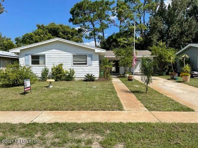 208 Cecilia Ct, St Augustine, FL 32086 (MLS #1117914) :: The Randy Martin Team | Compass Florida LLC