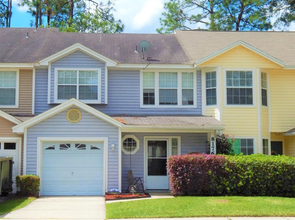 8176 Dunbarton Ct, Jacksonville, FL 32244 (MLS #878109) :: EXIT Real Estate Gallery
