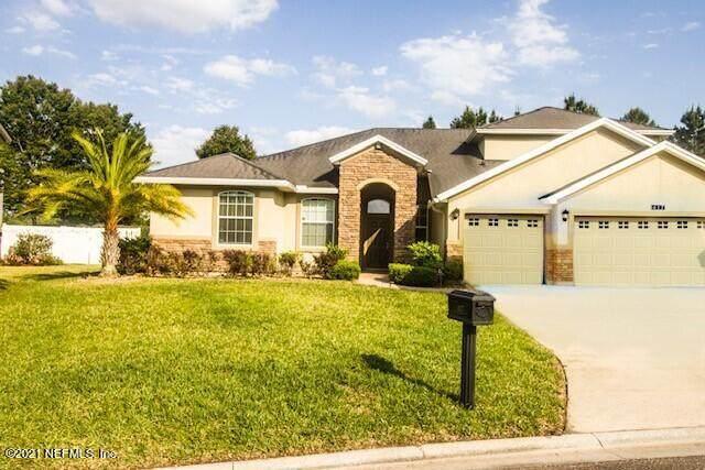 417 Cranbrook Ct, Orange Park, FL 32065 (MLS #1105693) :: The DJ & Lindsey Team