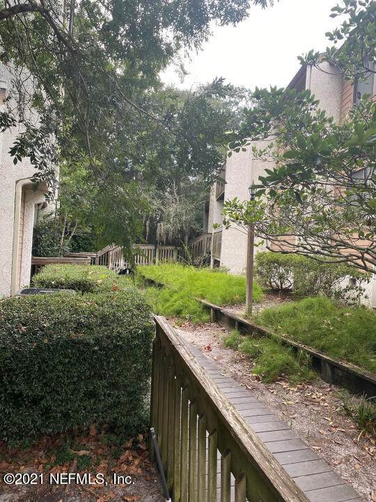 2585 Forest Ridge Dr N-5, Fernandina Beach, FL 32034 (MLS #1130618) :: The Volen Group, Keller Williams Luxury International