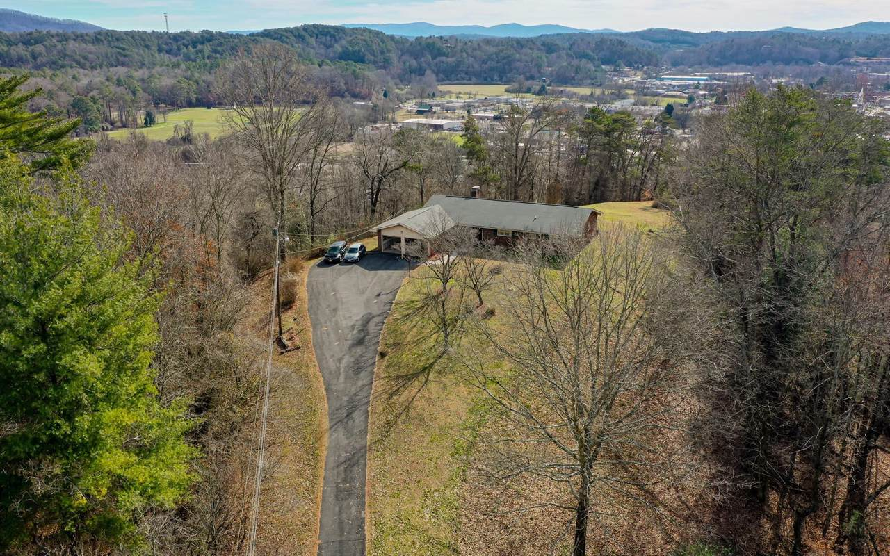 756 Cox Creek Road - Photo 1