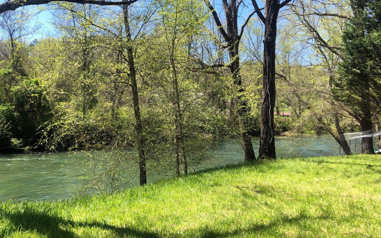 15 Rivers Edge - Photo 1