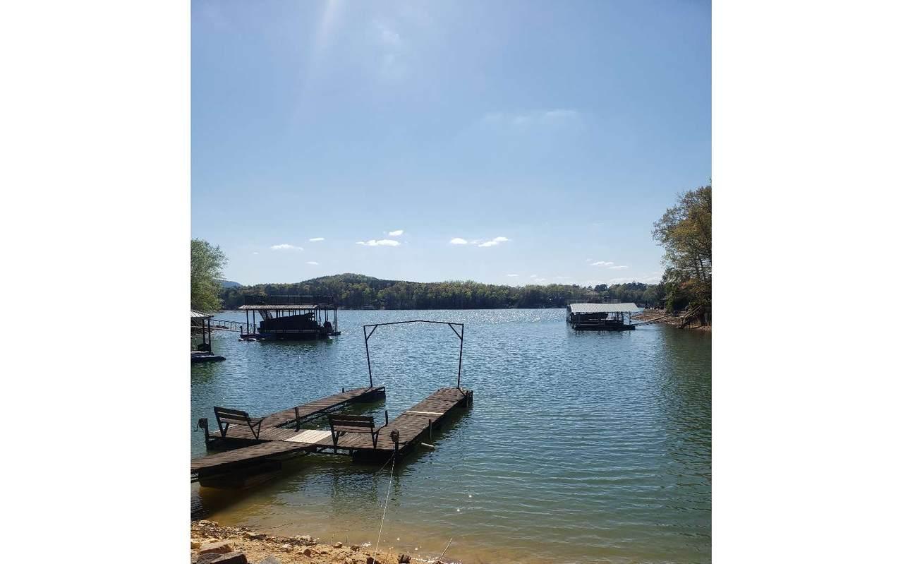 108 Lake Cove Circle - Photo 1