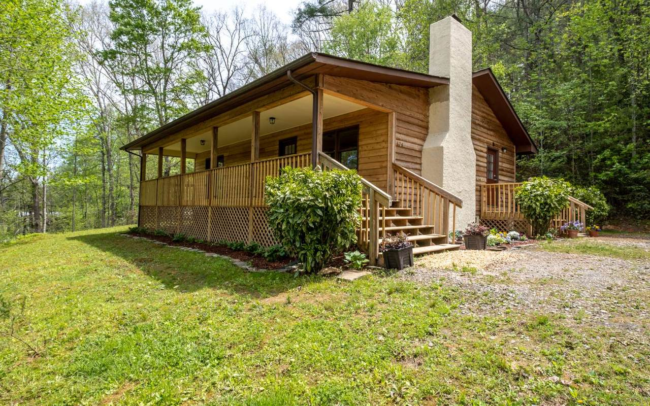 874 Pleasant Valley Rd - Photo 1