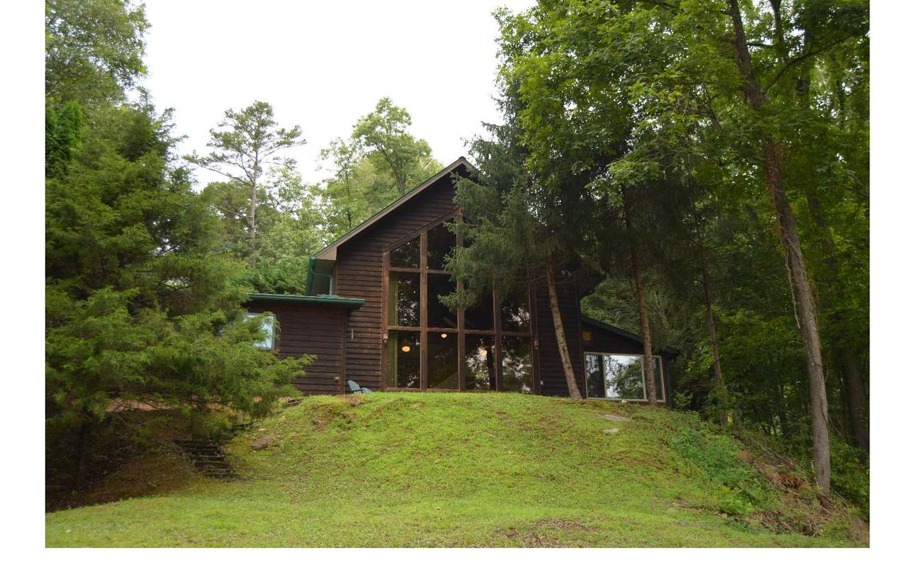 250 Lovers Leap Drive - Photo 1