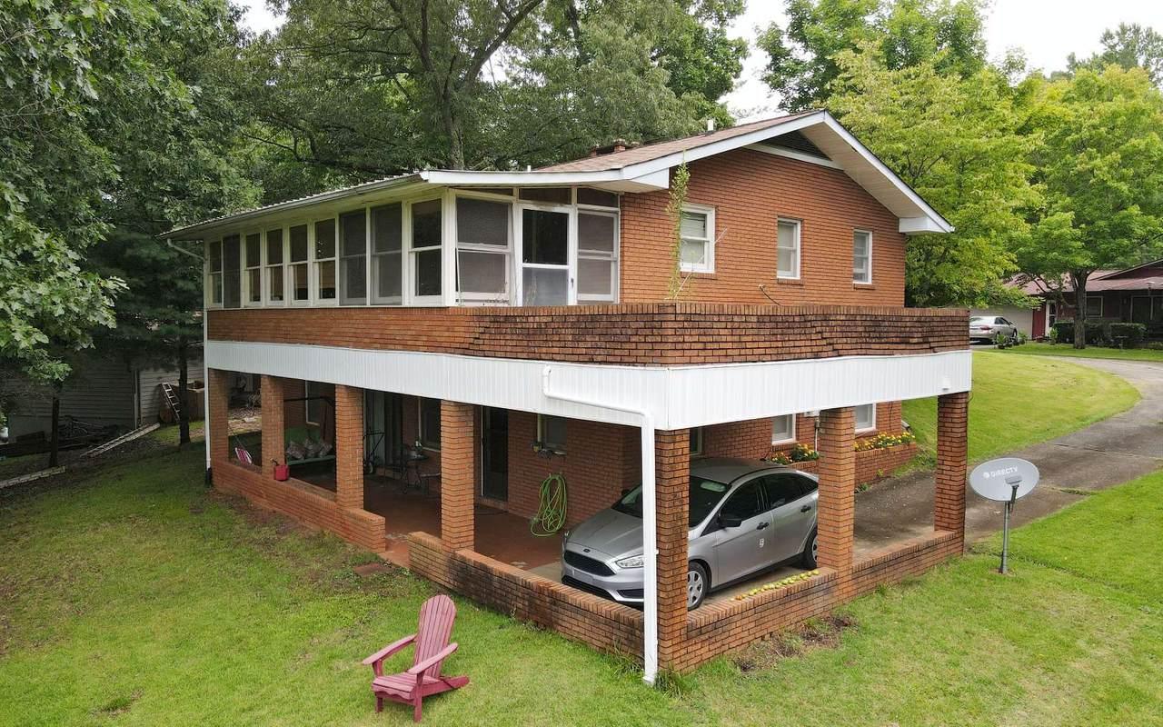 456 Lillian Drive - Photo 1