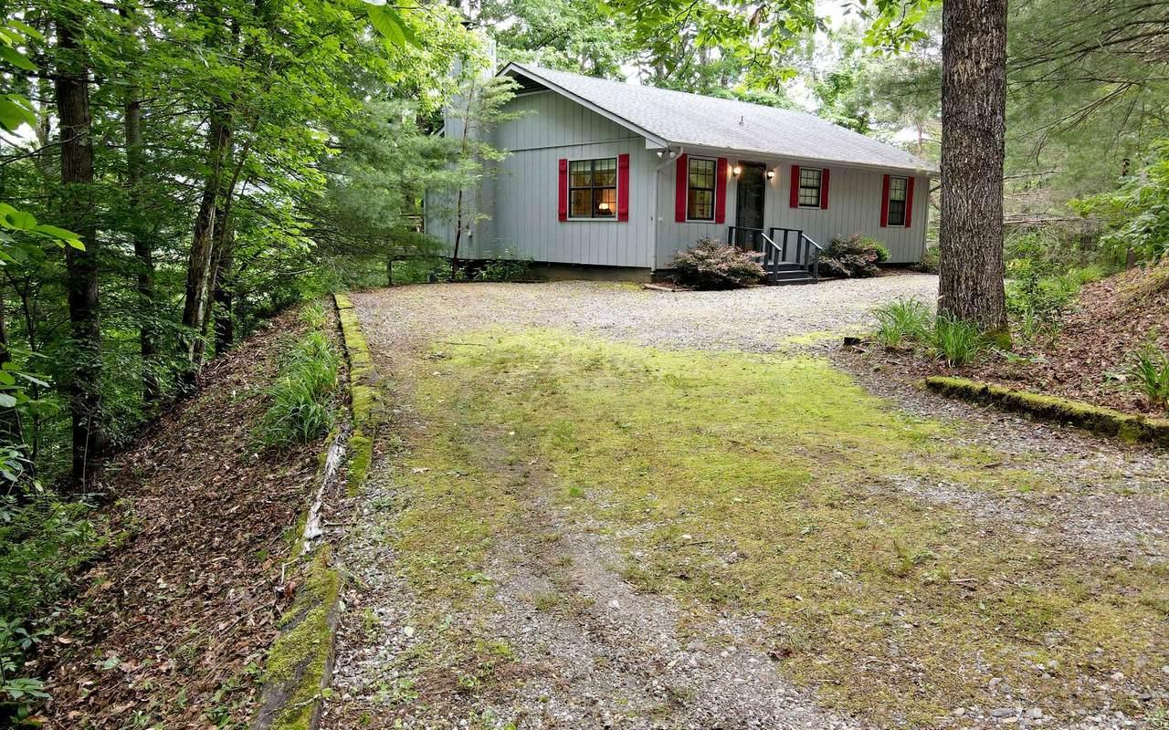 5867 Brasstown Creek Est. - Photo 1