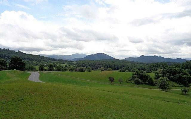 13K Mountain Harbour Dr, Hayesville, NC 28904 (MLS #270383) :: RE/MAX Town & Country