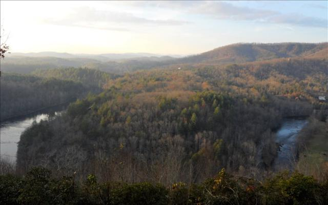 LOT 3 Bear Cub Trail, Hayesville, NC 28904 (MLS #273727) :: RE/MAX Town & Country