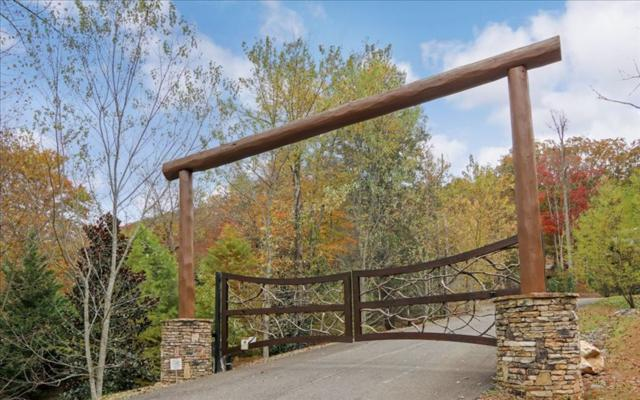 LT 37 The Heights, Blue Ridge, GA 30513 (MLS #275058) :: RE/MAX Town & Country