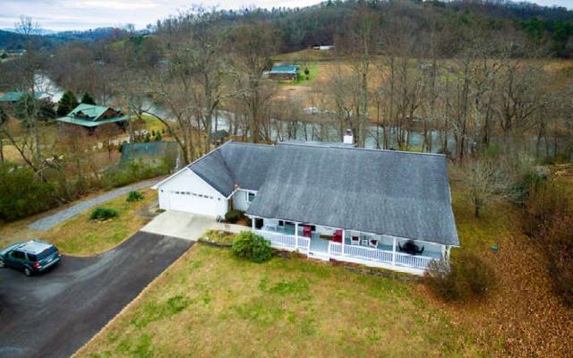 419 River Oaks Dr, Hayesville, NC 28904 (MLS #284021) :: RE/MAX Town & Country