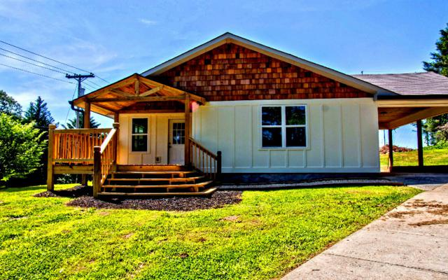 252 School Street, McCaysville, GA 30555 (MLS #288499) :: RE/MAX Town & Country