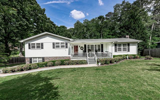 218 King Arthur Drive, Woodstock, GA 30189 (MLS #306487) :: Path & Post Real Estate