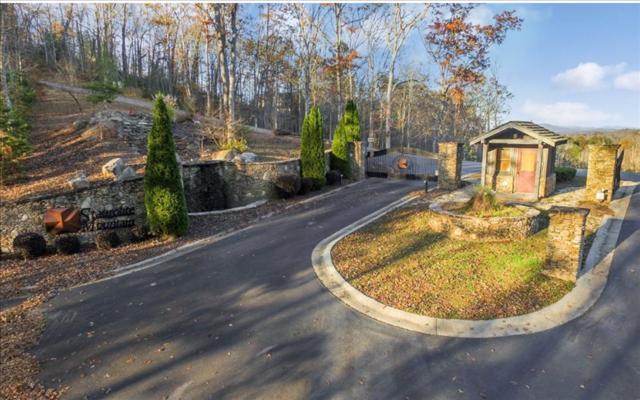 LT 27 Staurolite Mountain, Blue Ridge, GA 30513 (MLS #269169) :: RE/MAX Town & Country