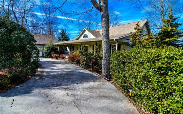 509 Eagles View Circle, Hayesville, NC 28904 (MLS #275606) :: RE/MAX Town & Country
