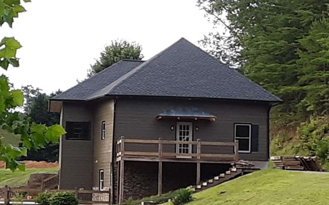 2637 River Road, Mineral Bluff, GA 30559 (MLS #289818) :: RE/MAX Town & Country