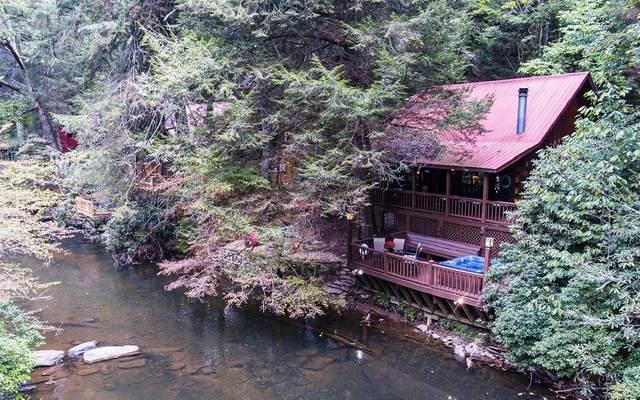 435 River Bend Dr, Ellijay, GA 30540 (MLS #304055) :: Path & Post Real Estate