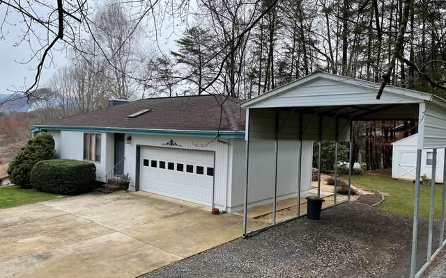 284 Licklog Court, Hayesville, NC 28904 (MLS #305178) :: Path & Post Real Estate
