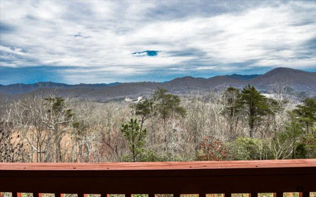 1195 W West Cherry Road, Hayesville, NC 28904 (MLS #275630) :: RE/MAX Town & Country
