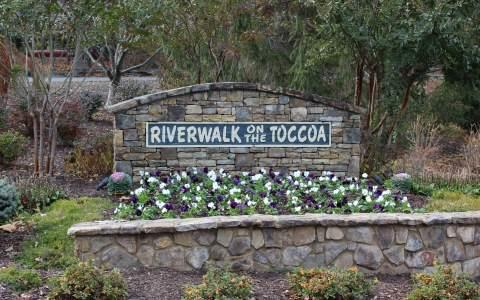 LOT 72 Cross Creek Road, Mineral Bluff, GA 30559 (MLS #263631) :: RE/MAX Town & Country