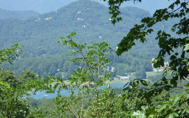LT 32 Eagles View, Hayesville, NC 28904 (MLS #271657) :: RE/MAX Town & Country
