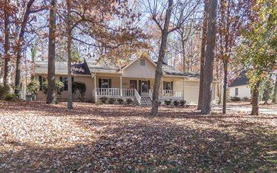 1056 Laura Drive, Dalton, GA 30721 (MLS #273645) :: RE/MAX Town & Country