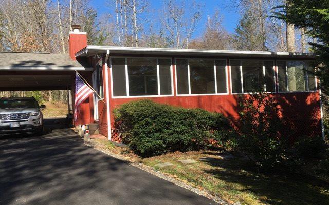 6750 Woodlake Circle, Young Harris, GA 30582 (MLS #275442) :: RE/MAX Town & Country