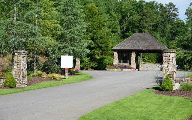 215 Old Toccoa Farm, Mineral Bluff, GA 30559 (MLS #277273) :: RE/MAX Town & Country