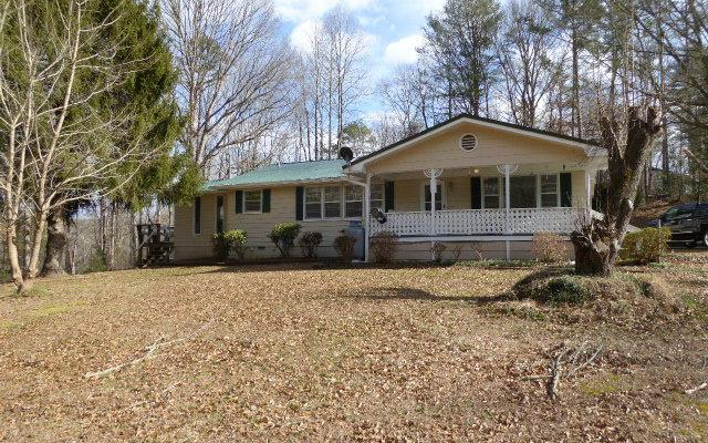 39 Johnson Rd, Hayesville, NC 28904 (MLS #285318) :: RE/MAX Town & Country