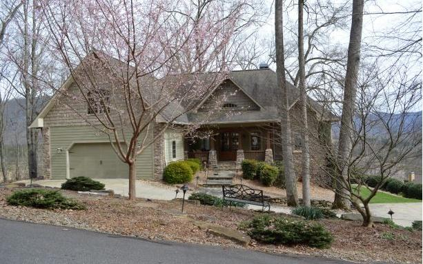 90 Indian Trail, Hayesville, NC 28904 (MLS #286553) :: RE/MAX Town & Country